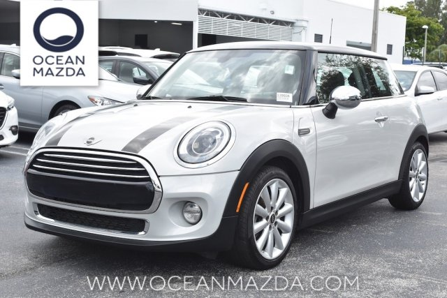 Pre-Owned 2014 MINI Cooper Hardtop Base